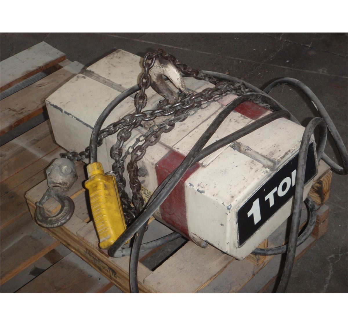 small resolution of  image 2 1 ton coffing hoist