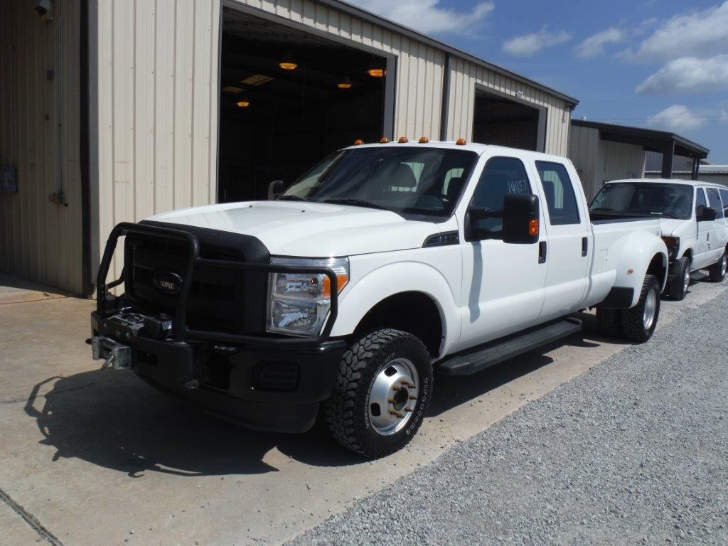 small resolution of image 1 2012 ford f350 dually pickup s n 1ft8w3d68ceb68560 4x4