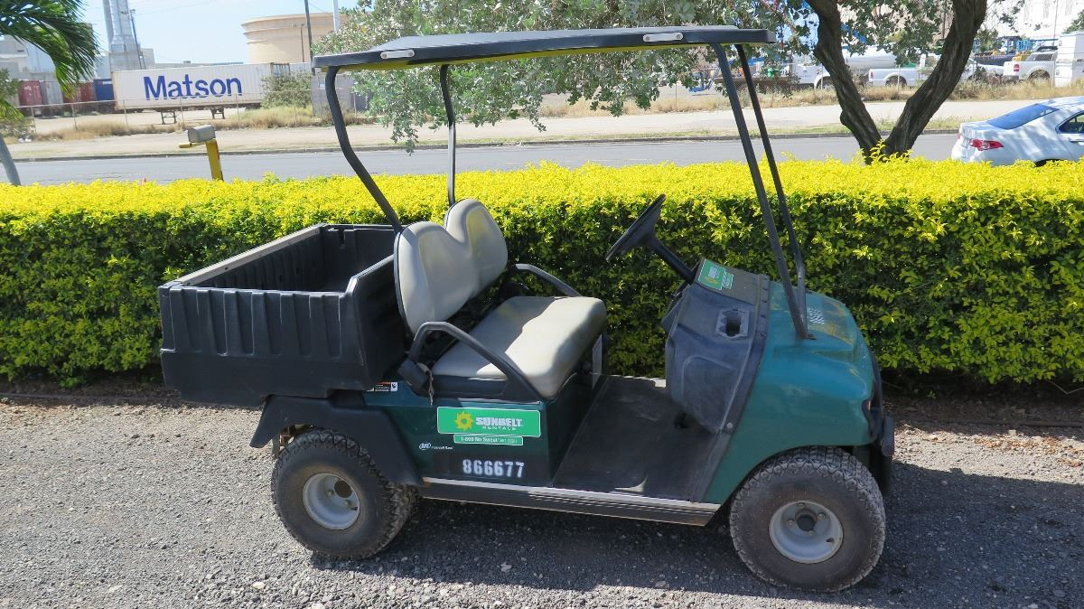 video image 1 2012 club car carryall turf 232 industrial utility gas golf cart has  [ 1200 x 674 Pixel ]
