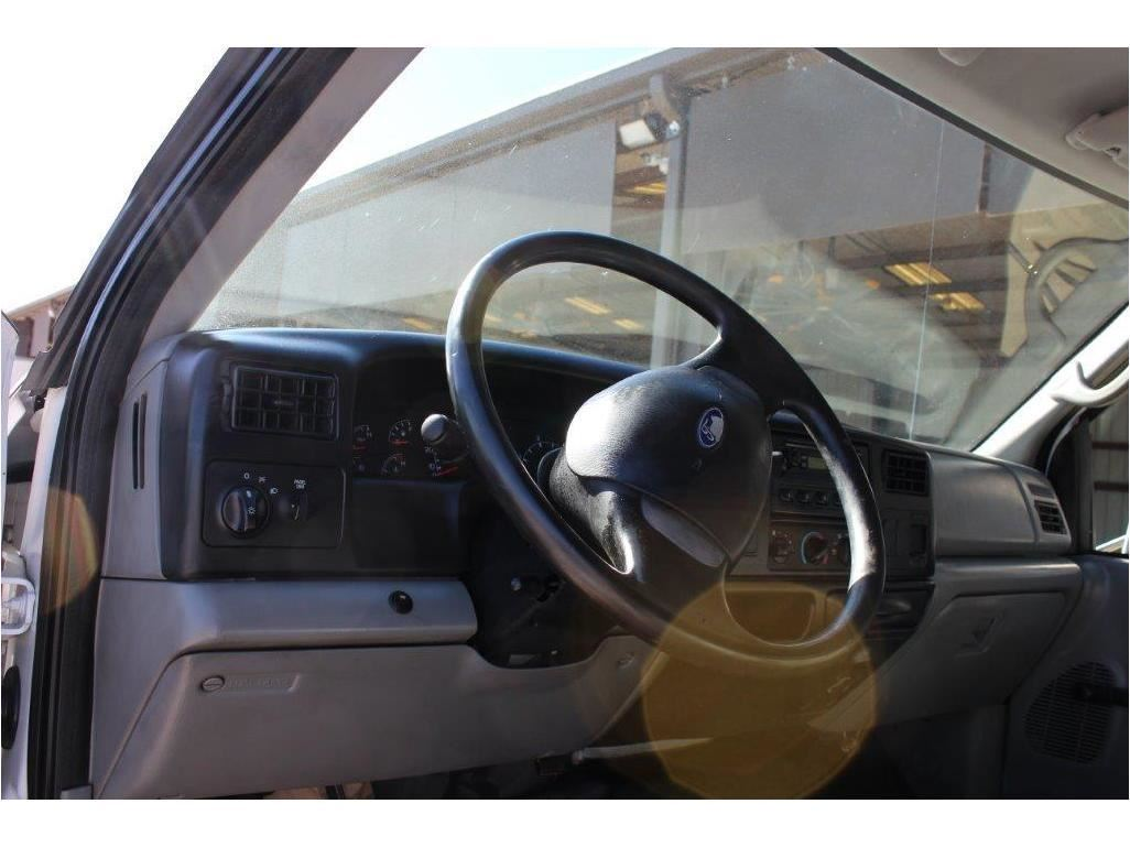 hight resolution of  image 5 2005 ford f750 flatbed truck sn 3frnw75fx5v190708 crew cab