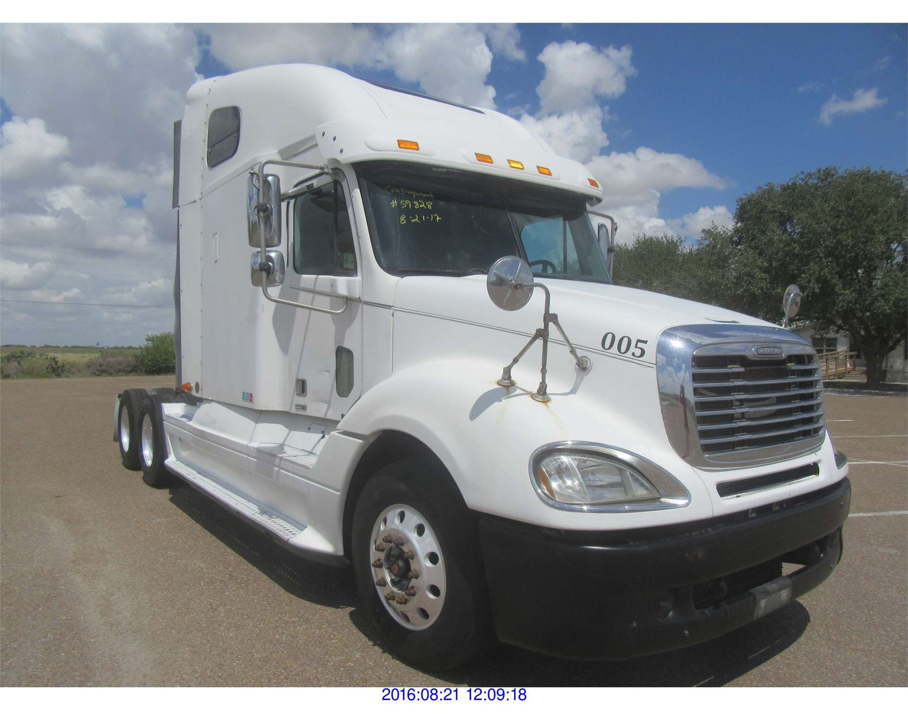 small resolution of image 1 2005 freightliner columbia diesel