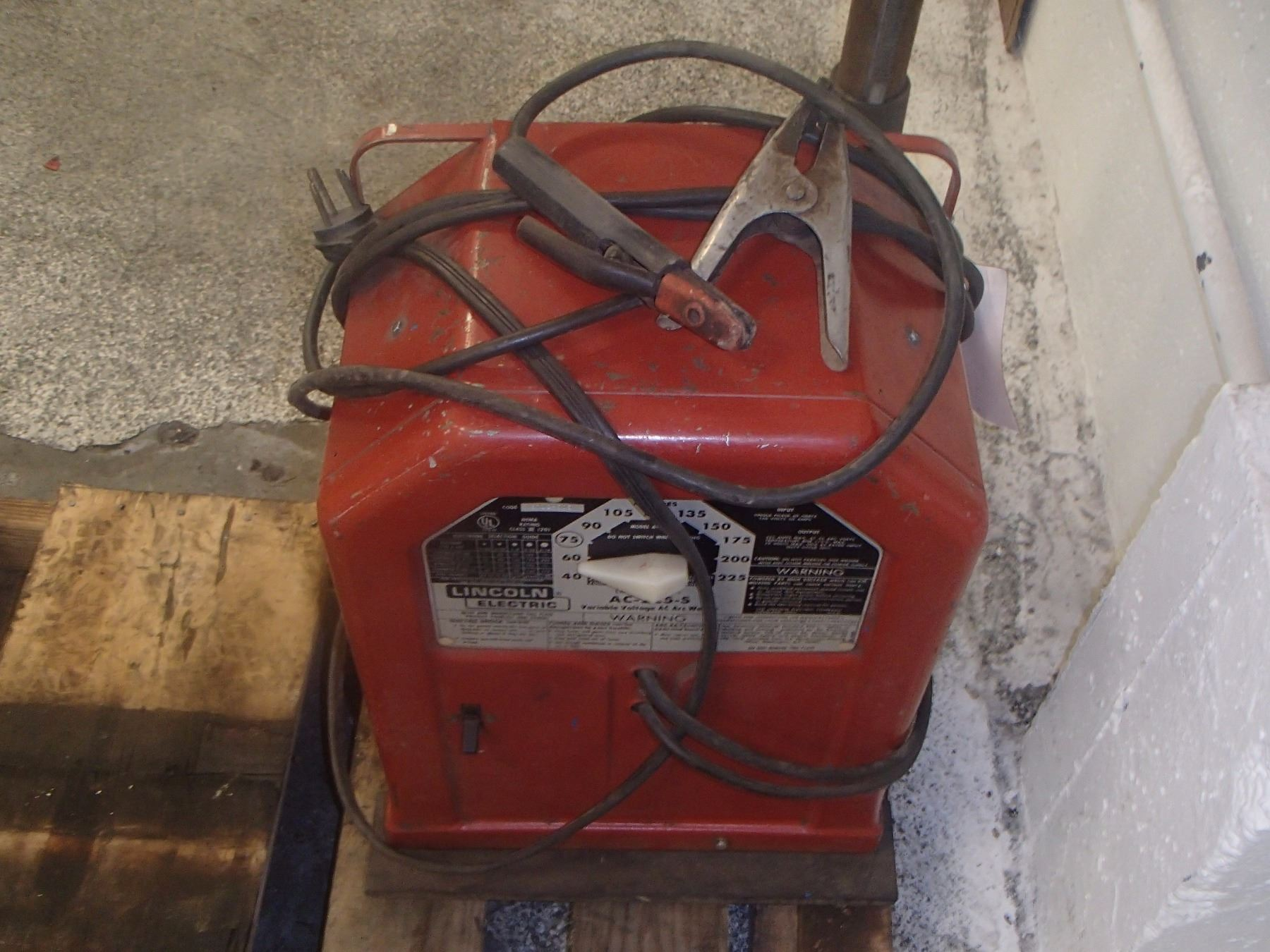 hight resolution of  image 2 lincoln electric ac 225 s variable voltage ac arc welder