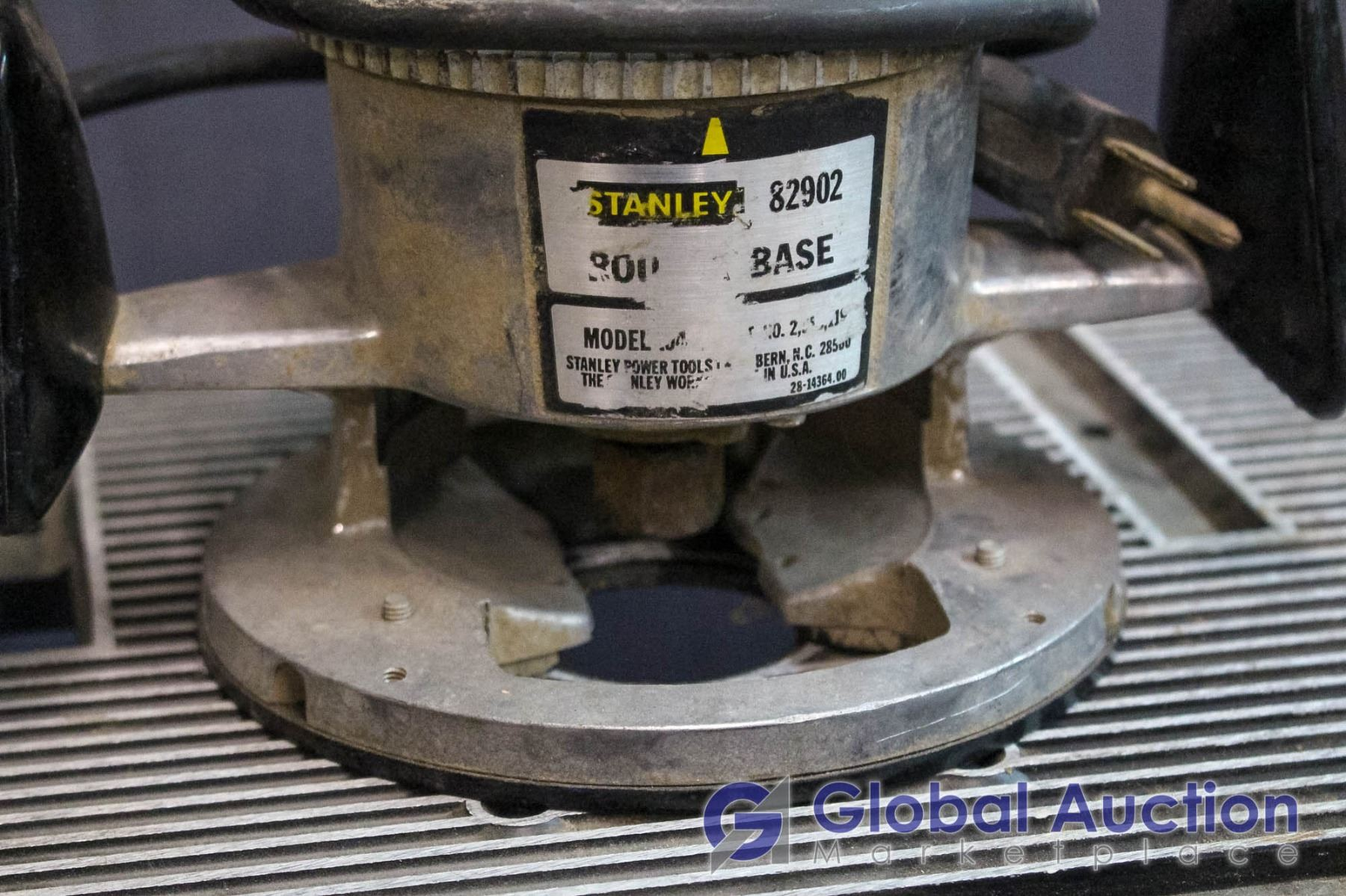 Stanley 82902 Router