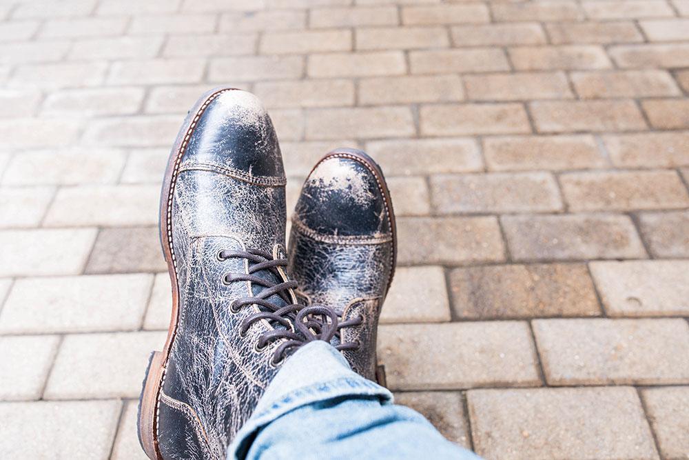 Men's Distressed Denim - Black Distressed Boots BED | STU