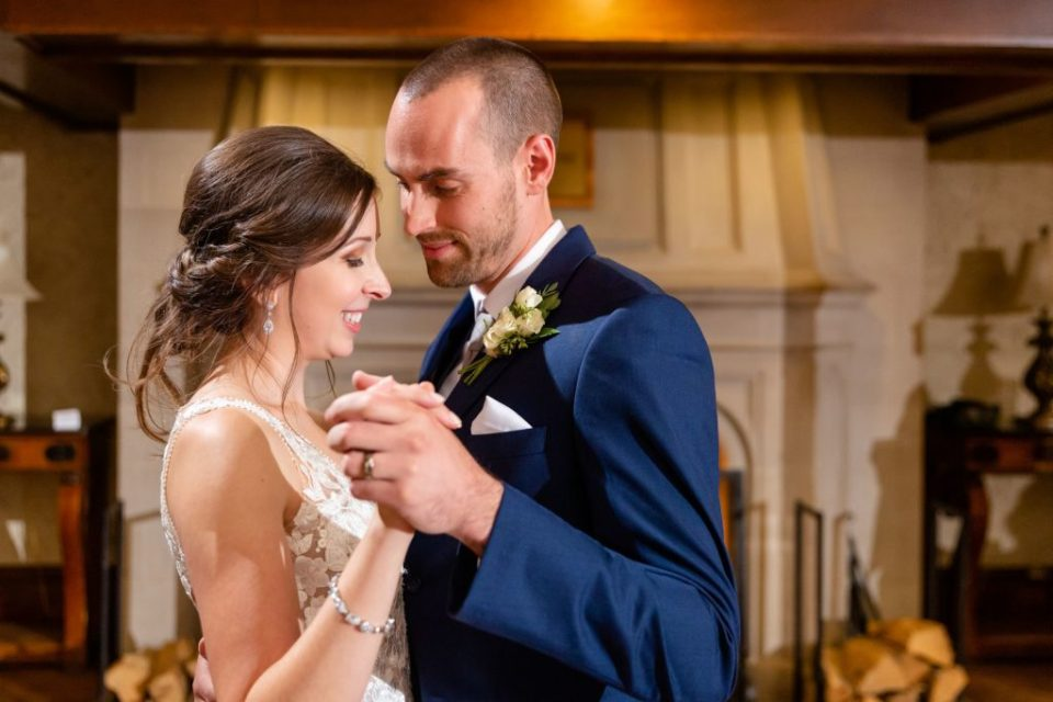 Couple shares their first dance at Windermere Manor