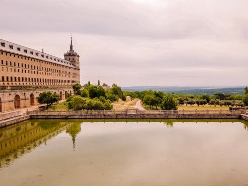 A stop on our Spain road trip at San Lorenzo escorial
