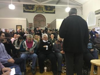 Kasich addresses potential primary voters in the Cheshire County Historical Society
