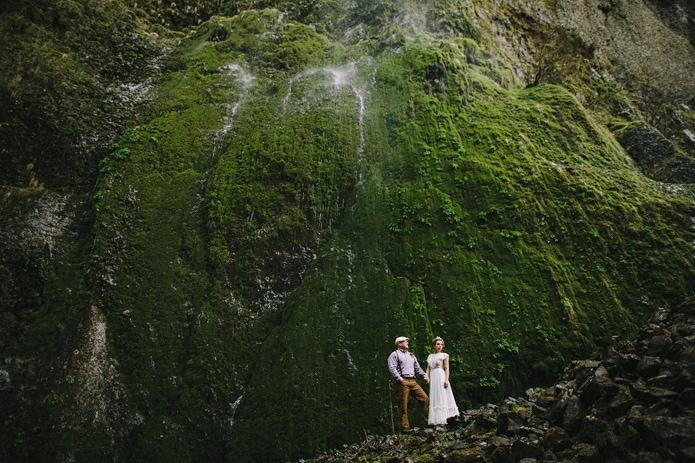 wahclella-falls-elopement-0033