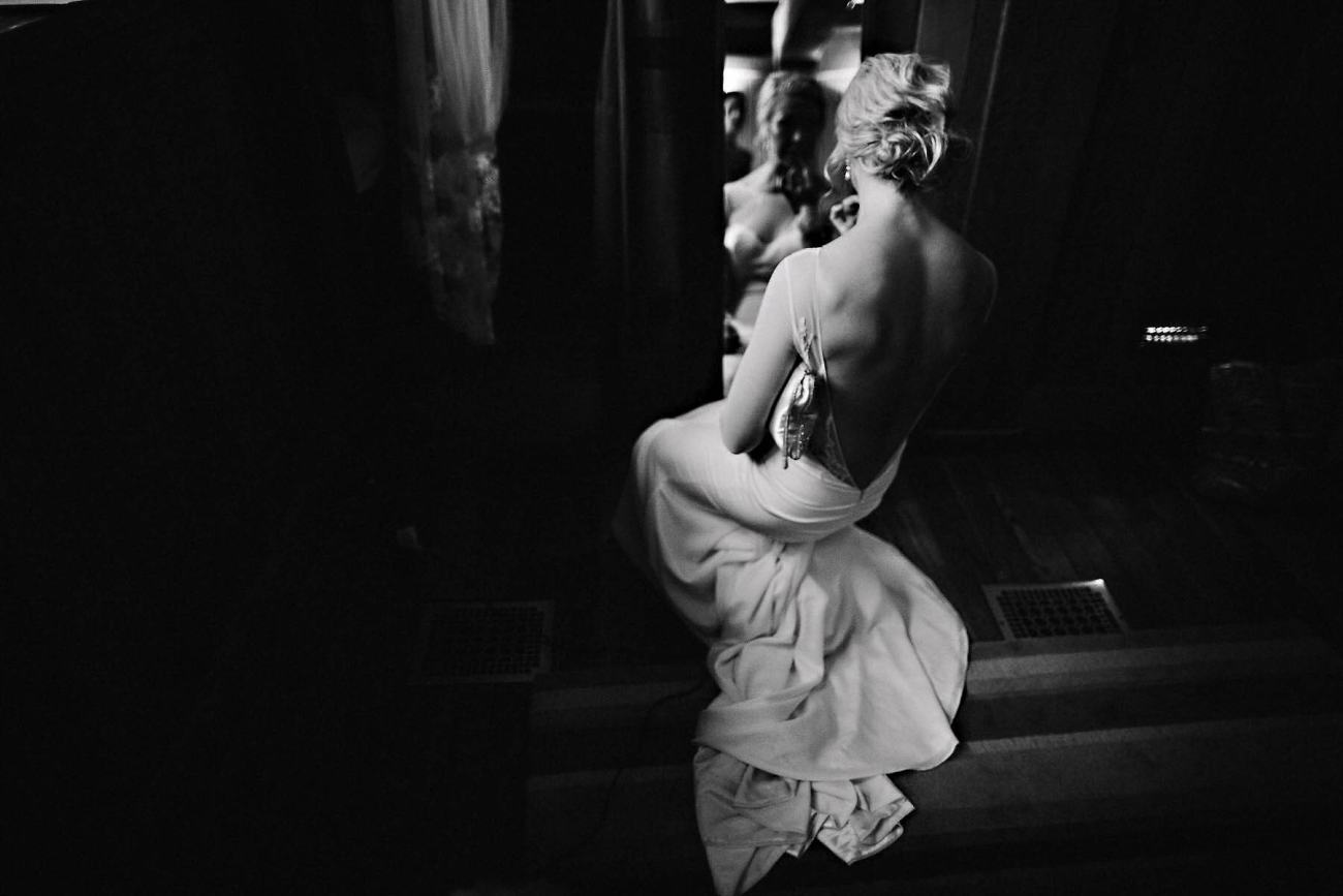 bw wedding dress bride photo