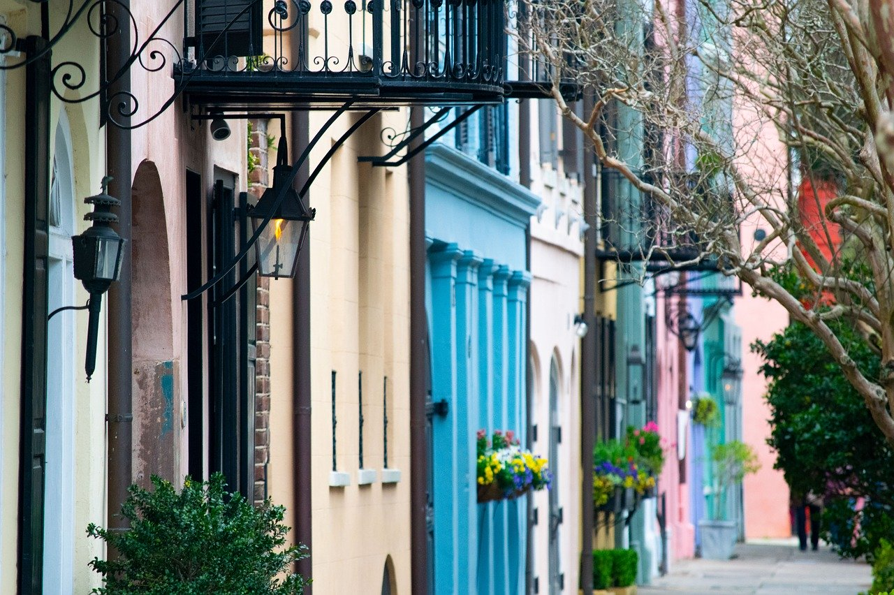 Colourful houses in Rainbow Row in Charleston