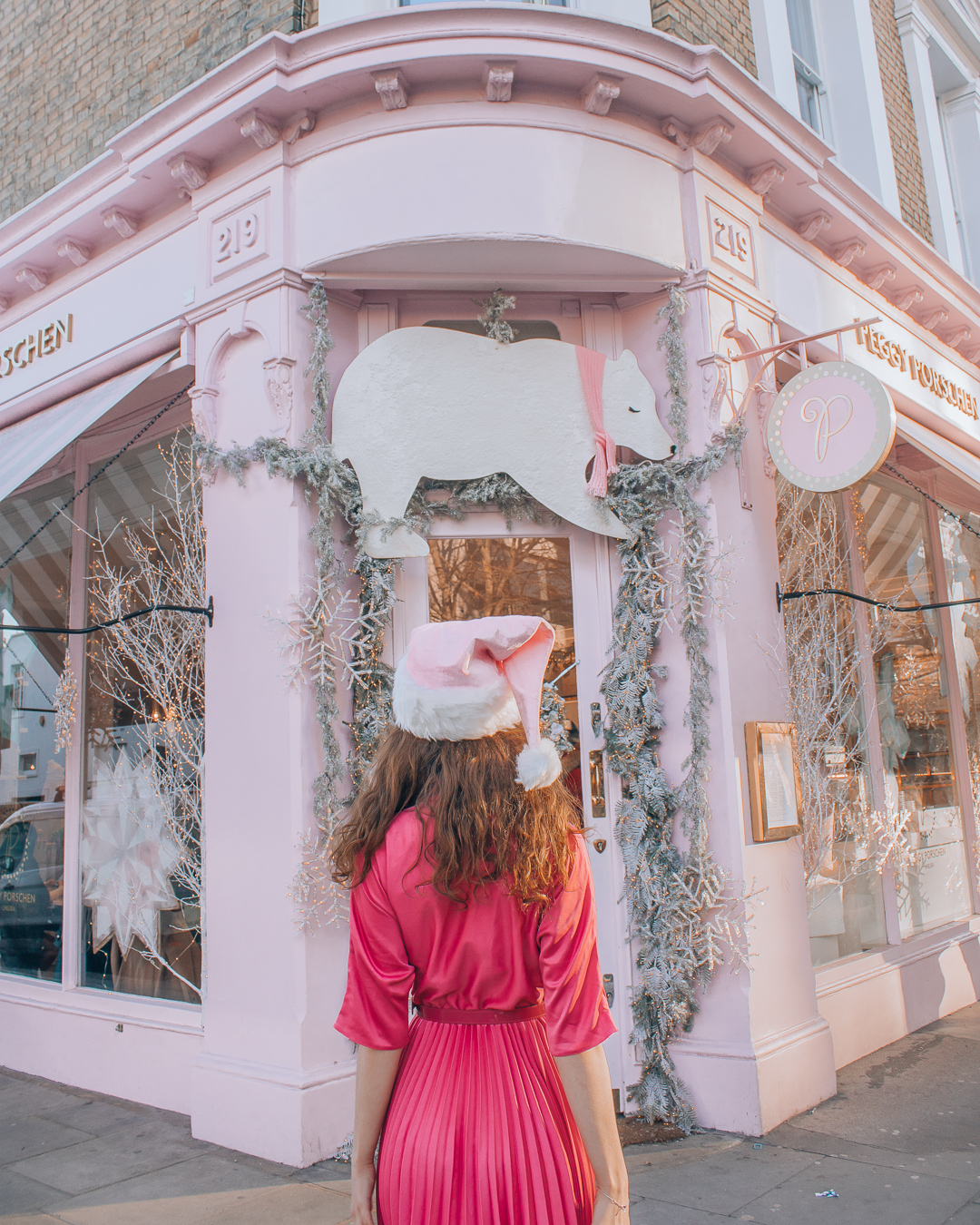 Girl at Peggy Porschen Cakes