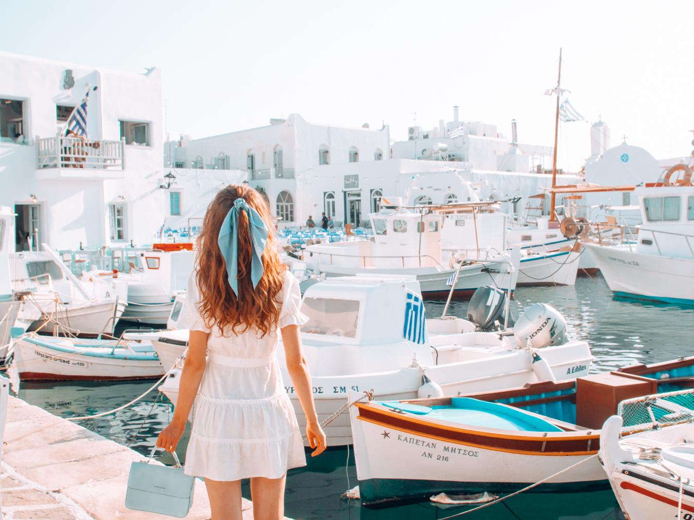 Port in Paros