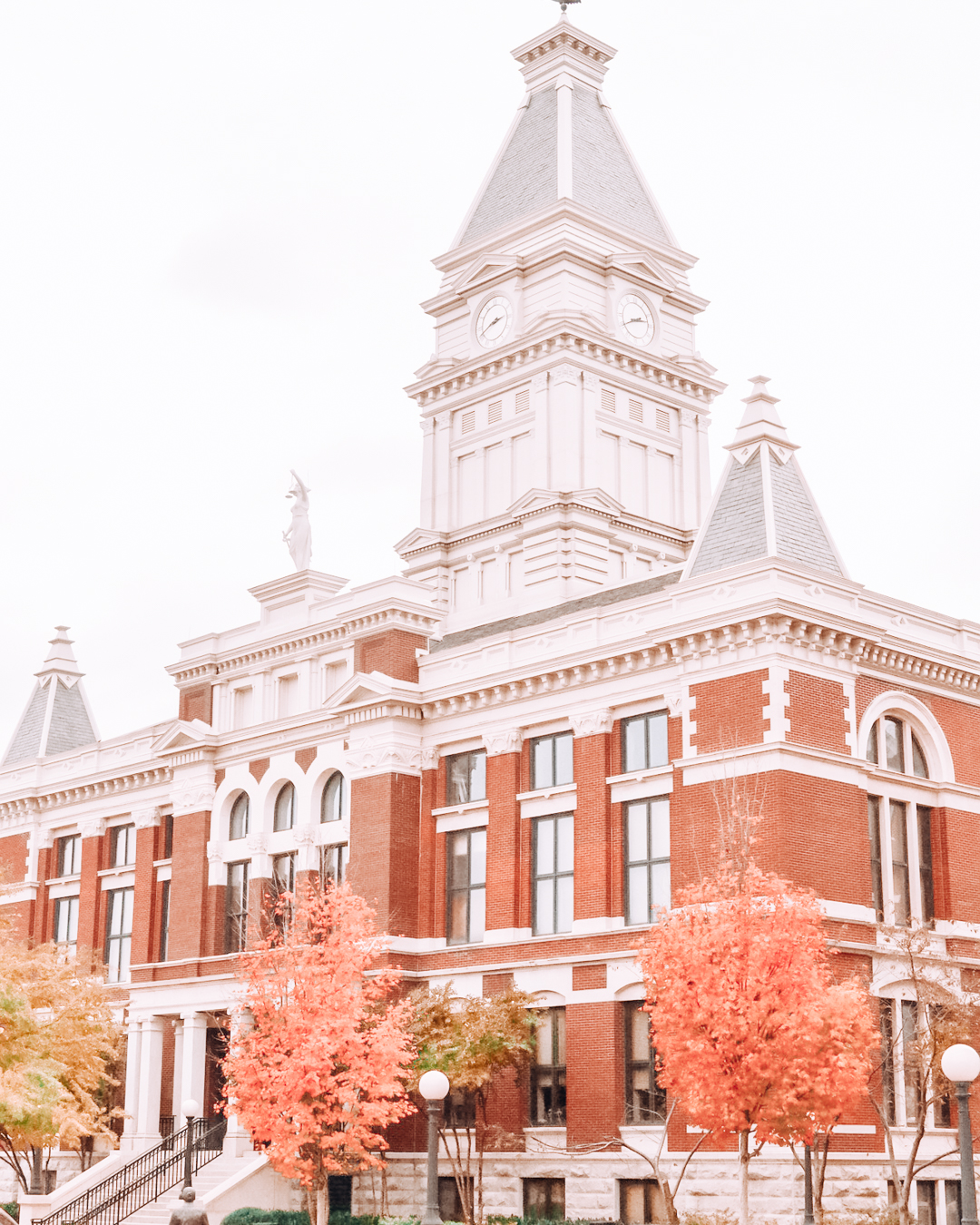 Clarksville courthouse