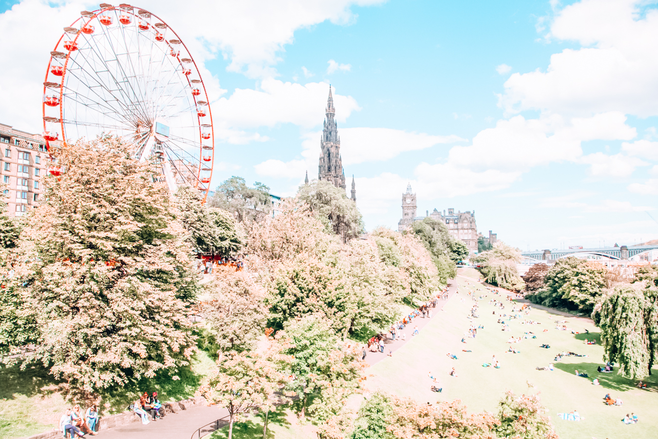 Nature and ferris wheel in Edinburgh