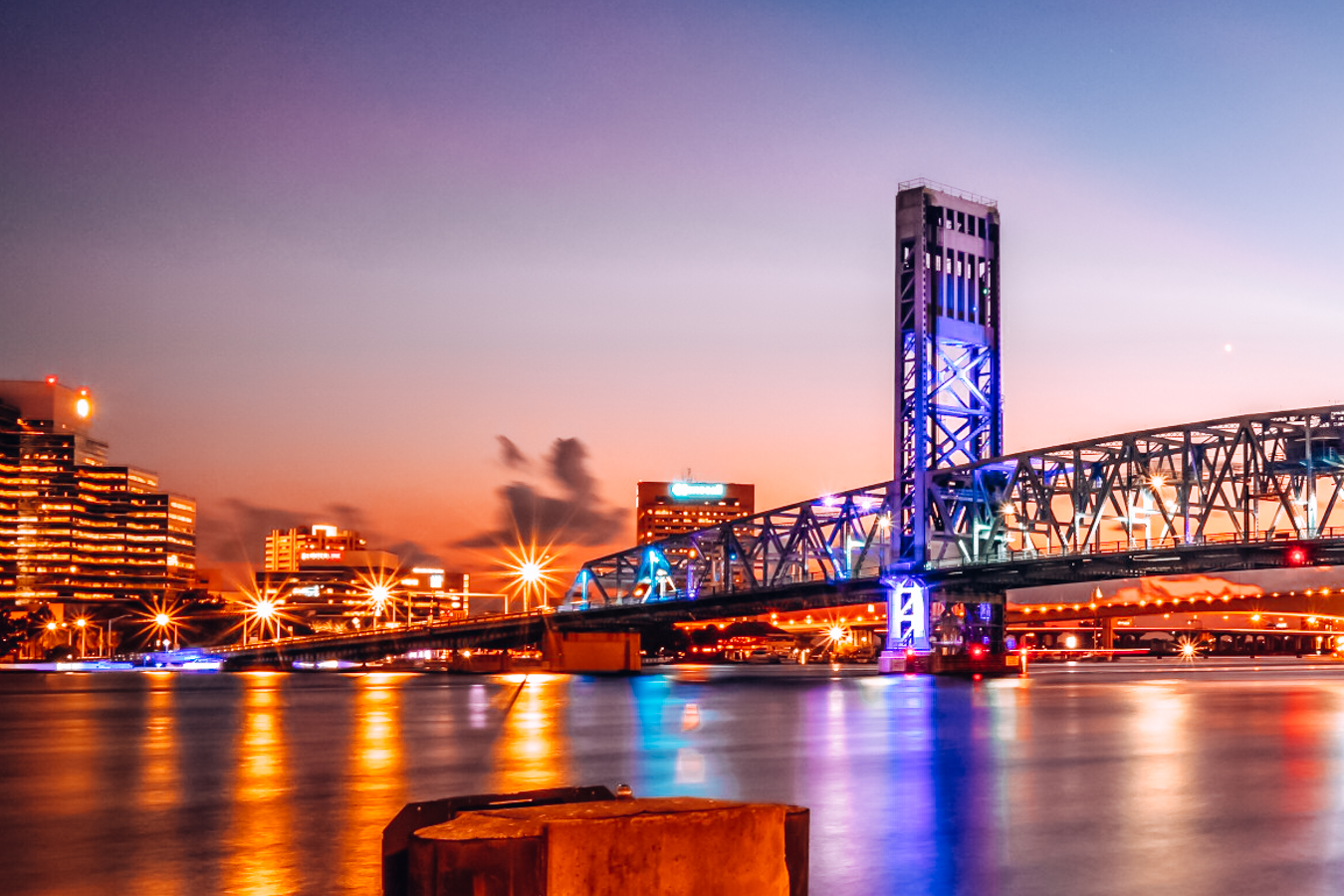 Bridge and buildings in Jacksonville in the evening