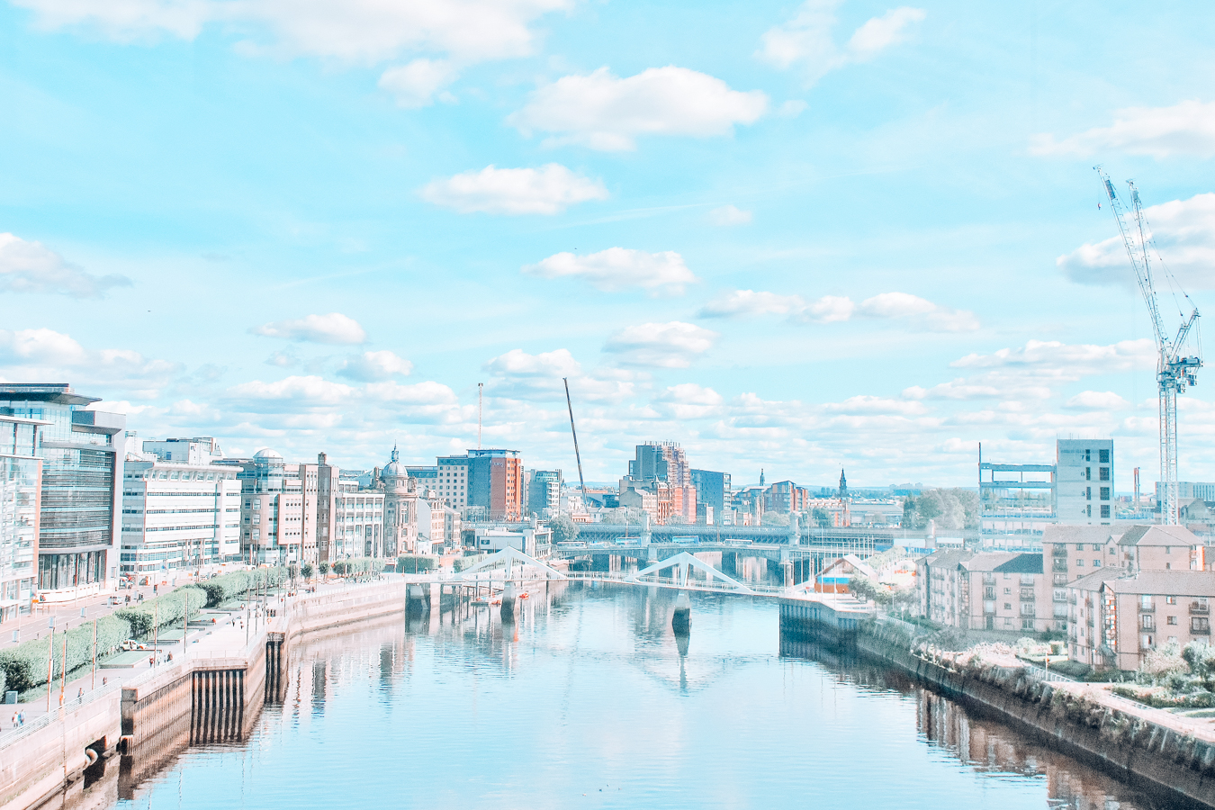 Water and buildings in Glasgow