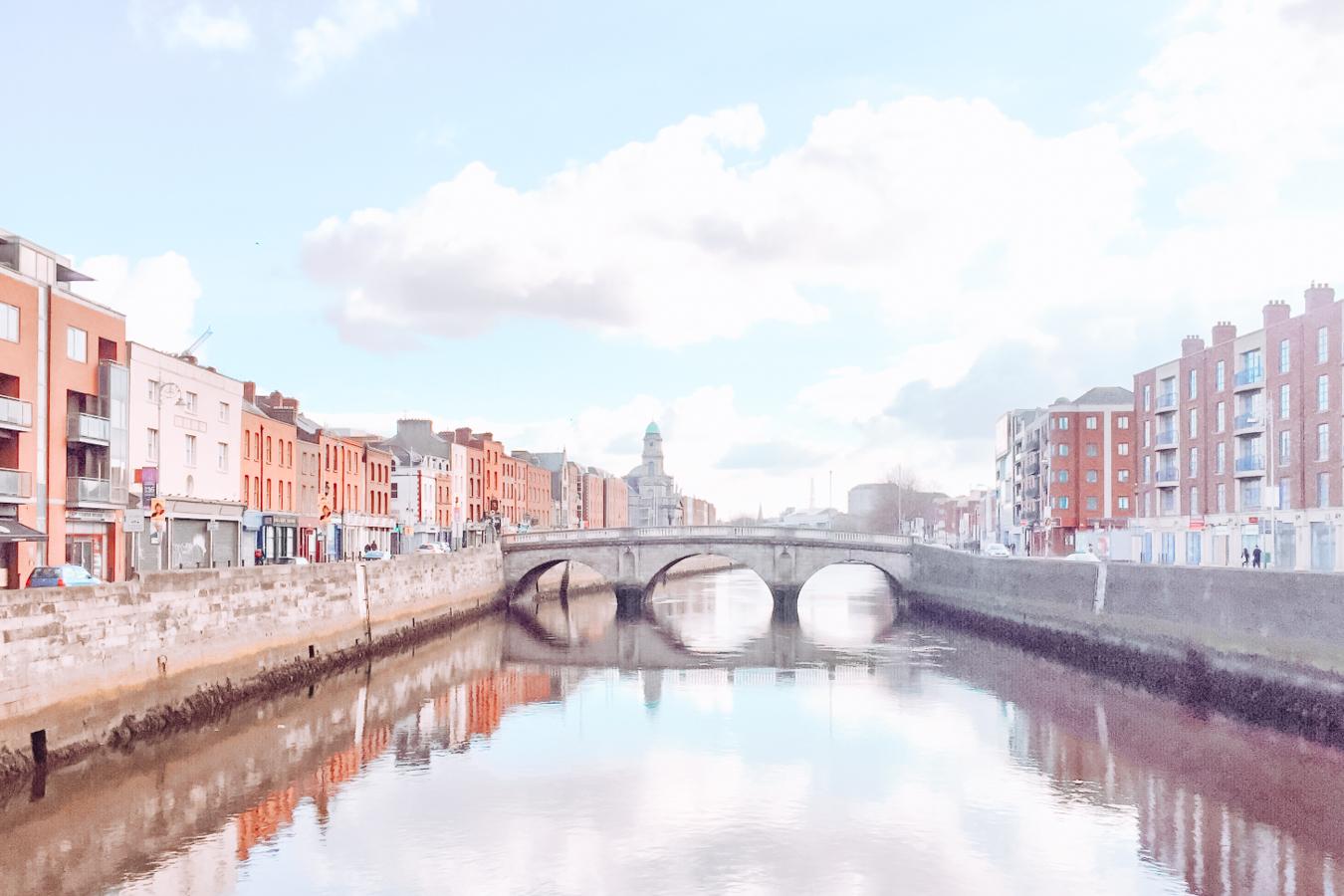 River, bridge, and buildings in Dublin