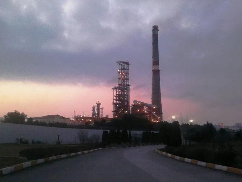 baku refinery