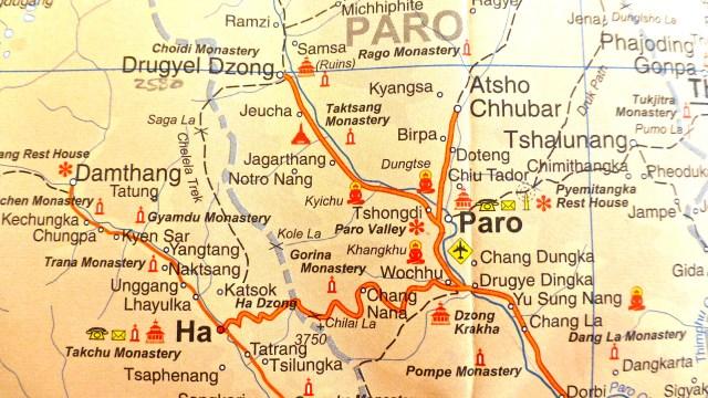 P1250297 Map of Paro