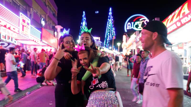 Magaluf-partying (3)