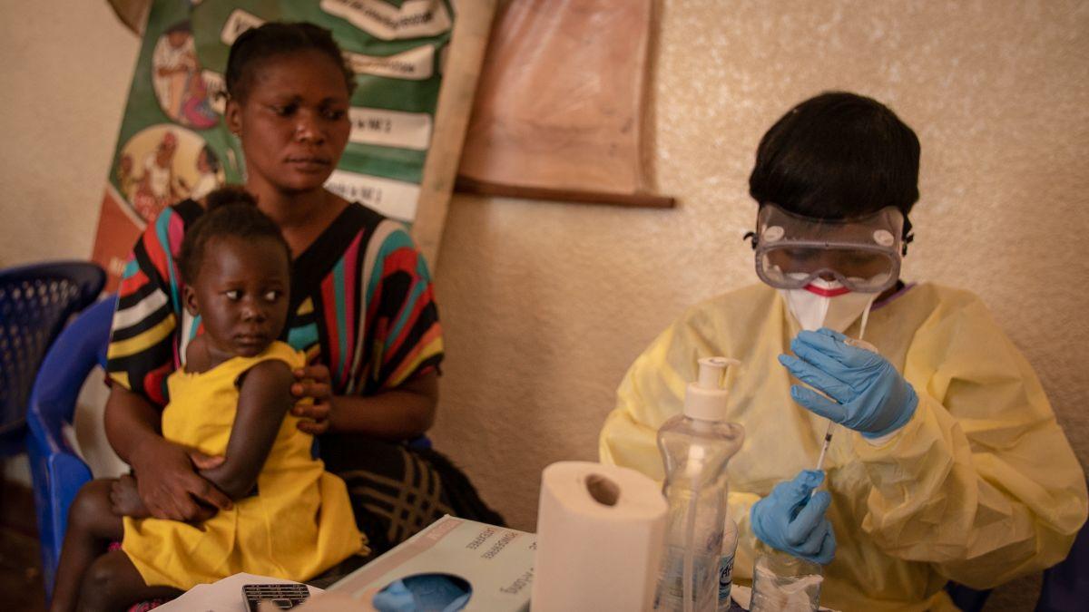 Ebola progress made amid looming coronavirus crisis - CNN