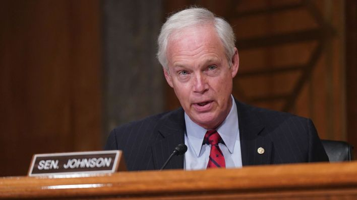 """Ron Johnson at the center of the storm: """"People are out to destroy me"""" -  CNNPolitics"""