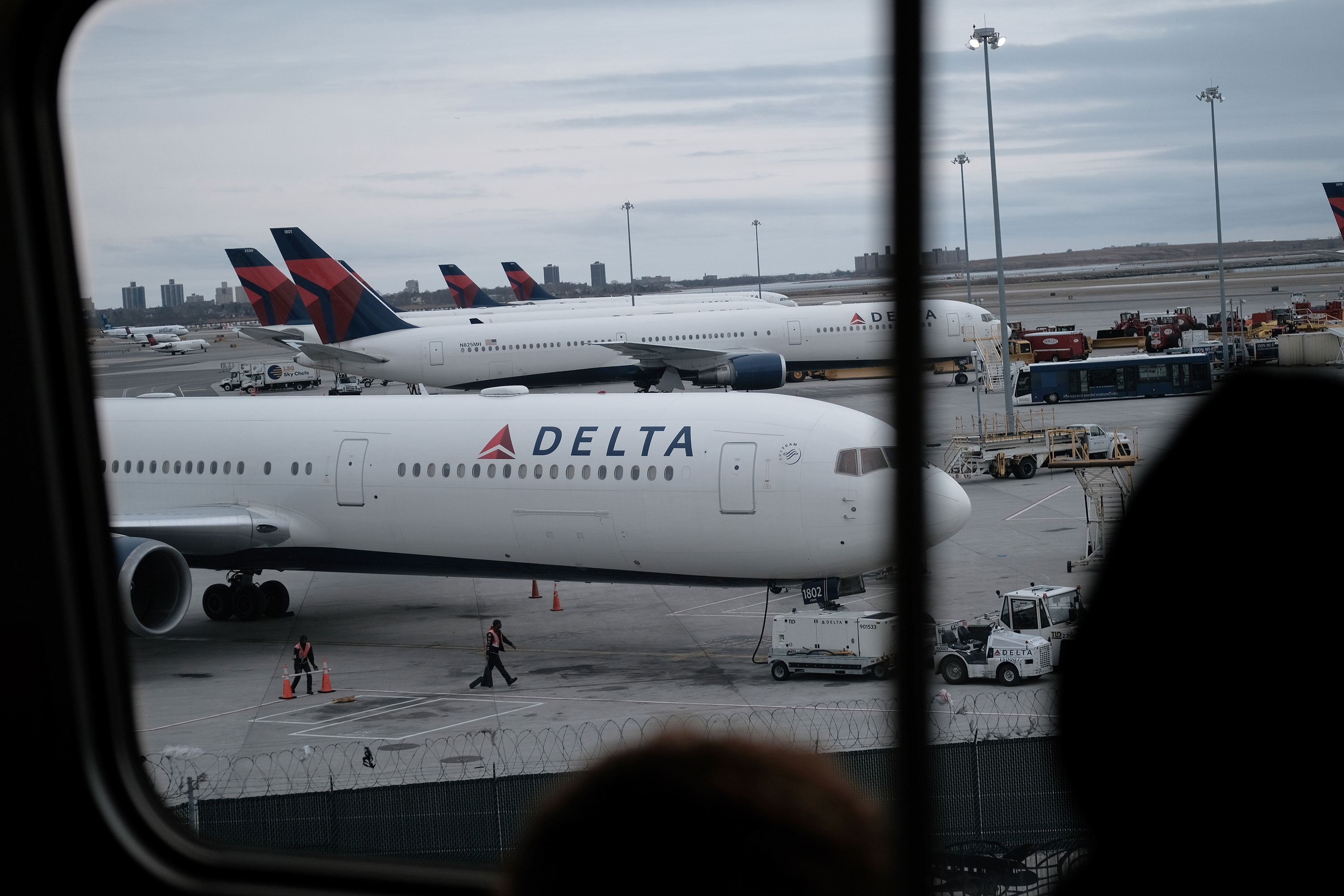 Delta is reaching out to Hawaii-Japan passengers after coronavirus ...