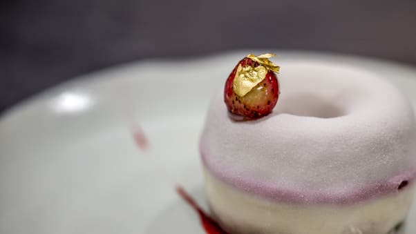 A confection designed by Gold in 27 at the Burj Al Arab.