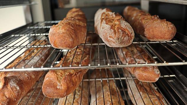 الخبز الفرنسي الطازج - شهية.