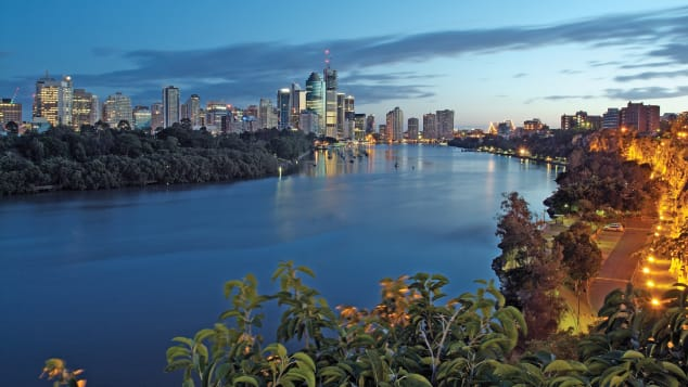 Kangaroo Point is an excellent place to take in both Brisbane's dramatic skyline and the natural beauty of this part of Australia.