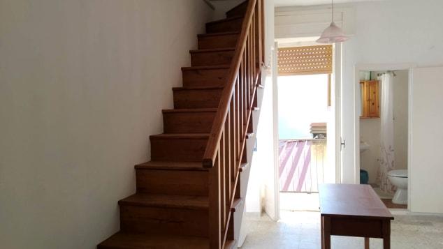 Uma casa à venda em Latronico por € 10.000.