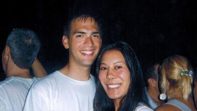 Carlson y Cheng celebrando juntos la Nochevieja de 2007 en la playa de Río de Janeiro, Brasil.