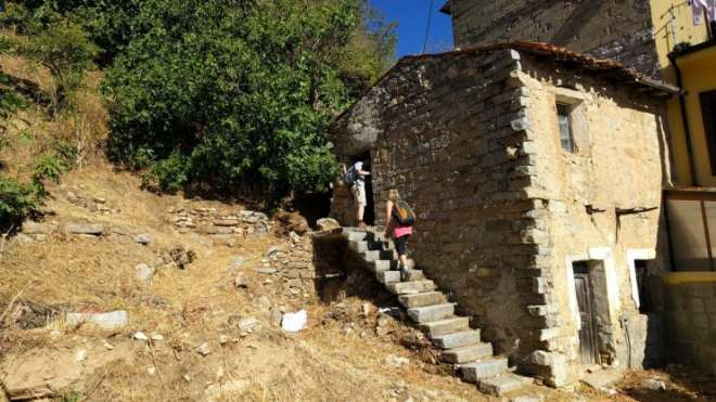 Ollolai---the-Italian-town-selling-homes-for-one-euro---buyers-visit-crumbly-houses