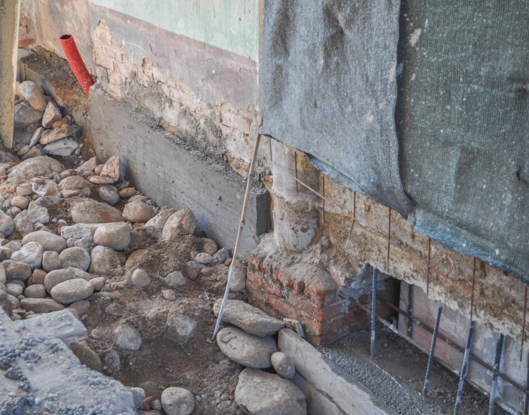 Underpinning a foundation by Dynamic Foundations