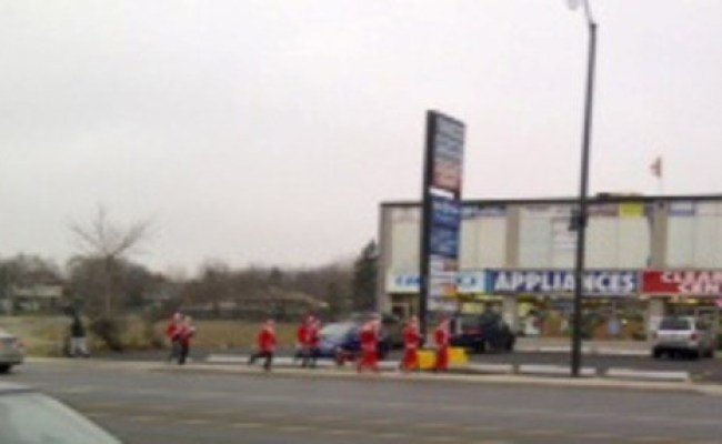 Santa Sprint Causes Stir Bramptonguardian