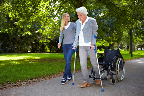 Client with Multiple Sclerosis in Barrie with physiotherapist
