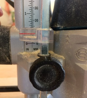 Setting the depth on plunge base