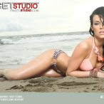 Alyson Marie @alysonmariex0: Beauty and the Beach - Facet Studio