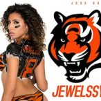 NFL Game of the Week Playoff Edition: Jewelssy J @missjewelssyj - Jose Guerra