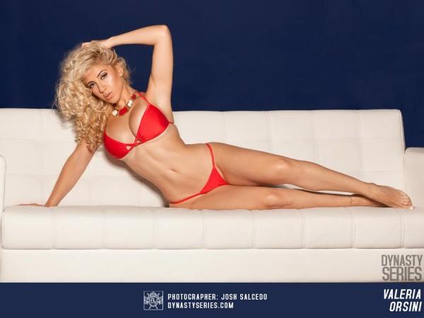 Valeria Orsini @Valeria_Orsini: Lay Out - Josh Salcedo