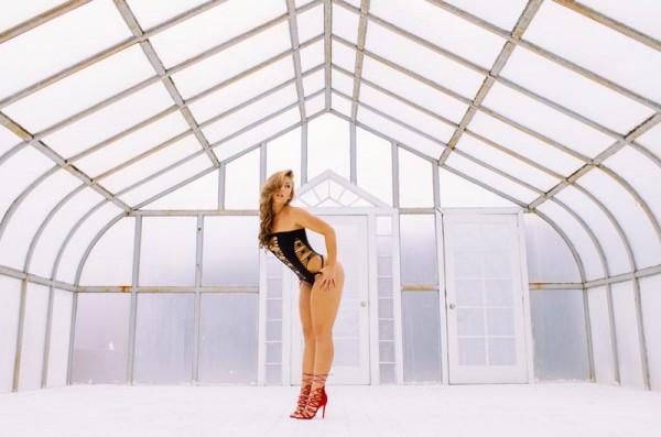 Nicole Mejia @nicole_mejia: Light House - Van Styles