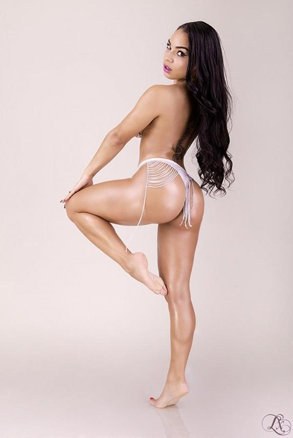 Lois Shine @loisshine: Hard Body – Lx Photographe
