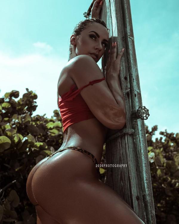 Mandy C Fit @mandycfit: Floria Shores - 2020 Photography