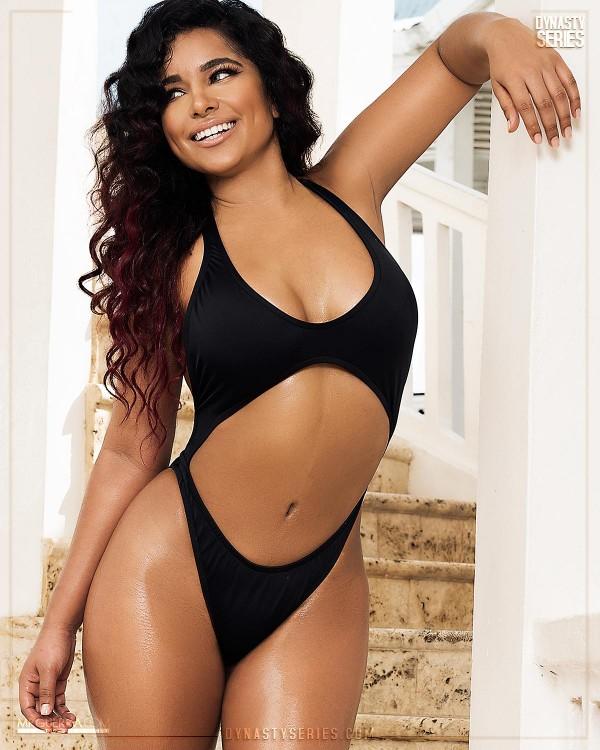 Yesenia Santos: DynastySeries TV - Jose Guerra x Sosua Beach