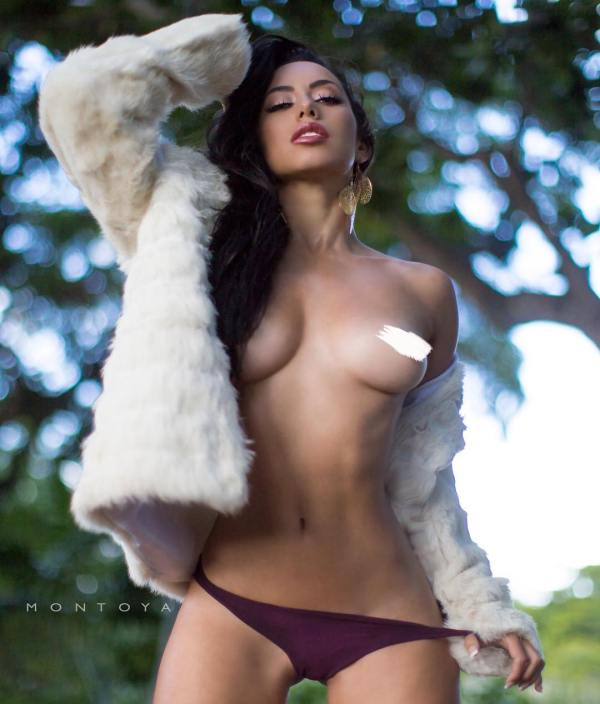 Barbara Cordoba @BarbieMuriel - Pic of the Day Double Dose - Mike Montoya