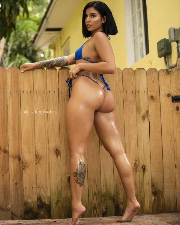 Arianny Nicole @arianny03: Come Outside - J. Alex Photos