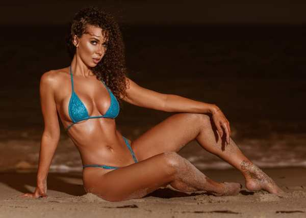 Laura Dore @misslauradore: Beach Days and Nights- @mp1350