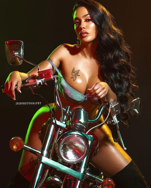 Gabby Gavino @gabbygavino: Horse Power - 2020 Photography