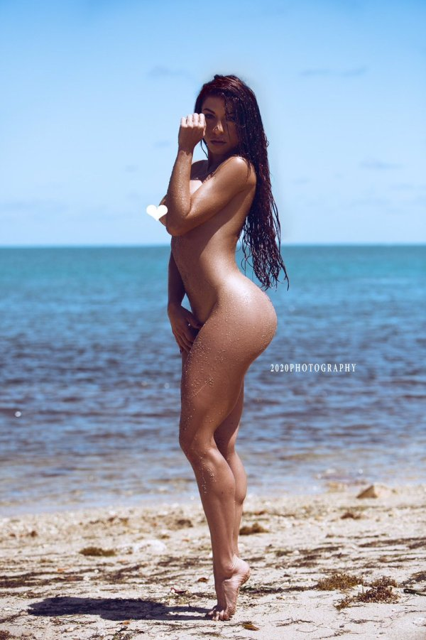 Betty Marquez @thebettybum - Pic of the Day Triple Play - 2020 Photography