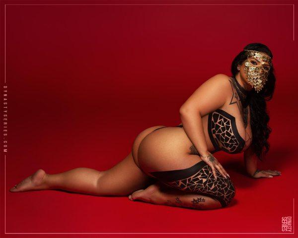 Azita @queenazita - Introducing - 2020 Photography x @gmodelentmgmt